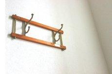 画像2: KLADHANGARE DEKORATIV 木と真鍮のコートハンガー (2)