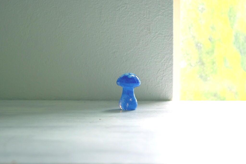 画像1: Smalandshyttan ガラスのキノコの置物 (1)