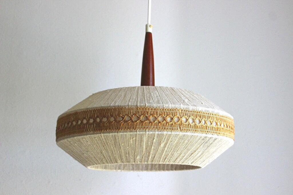 画像1: 麻紐と刺繍のペンダントランプ  (1)