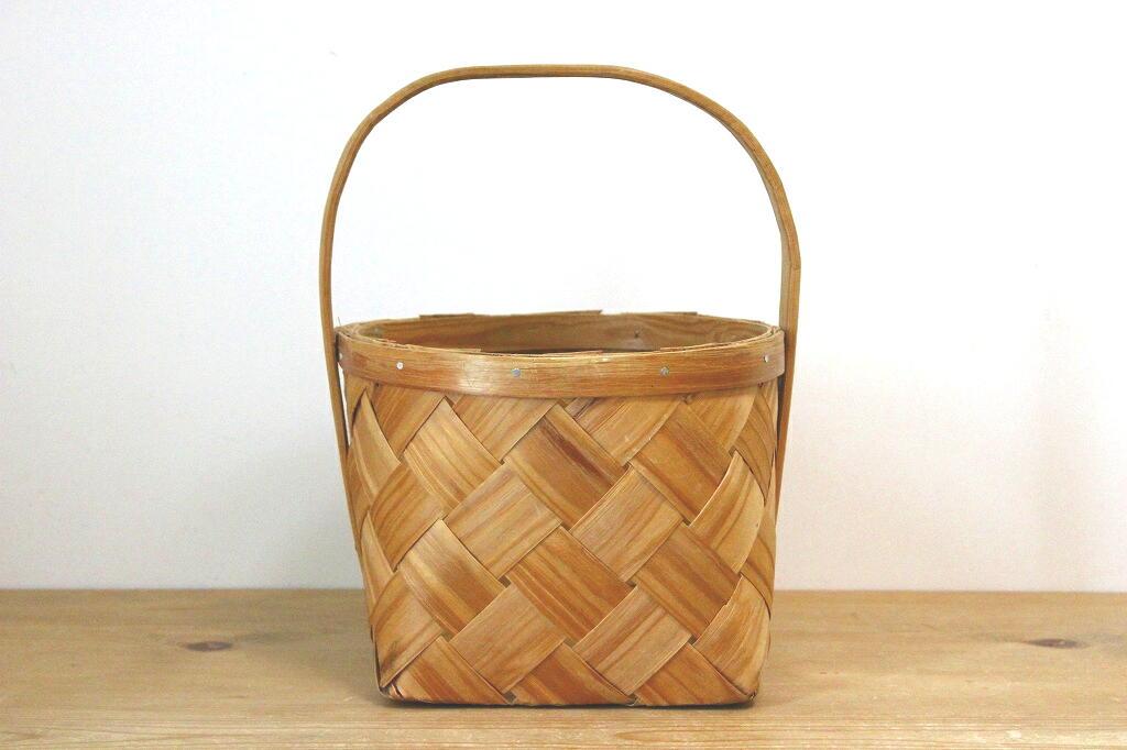 画像1: スウェーデンの木製のカゴ (1)
