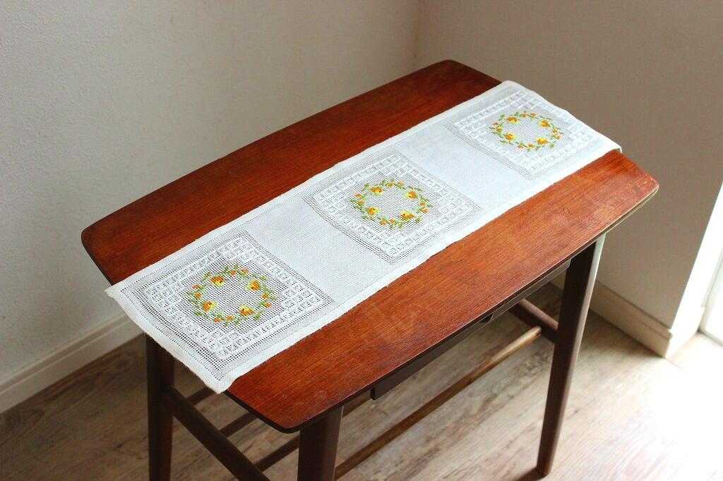 画像1: リネンの刺繍クロス (1)